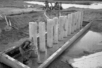 Mr J. Nehemia at work on the motorway bridge construction in Guppy Road, Taradale