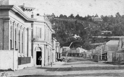 Hastings Street, Napier; Loader, D; 37/904