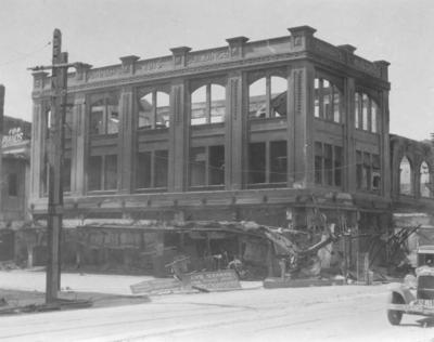 Hannah's Building, Hastings Street, Napier; Moodie, Frank L