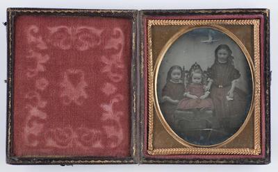Three Pallot daughters