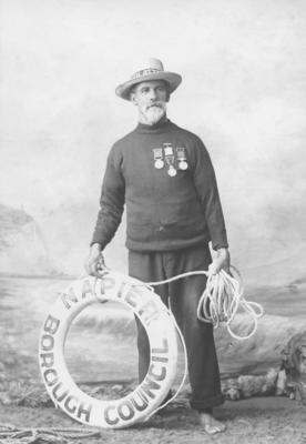 Portrait of Bob Lynam