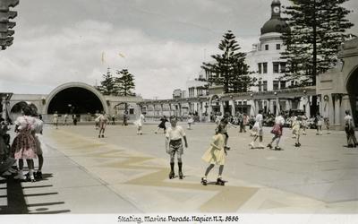 Skating, Marine Parade, Napier