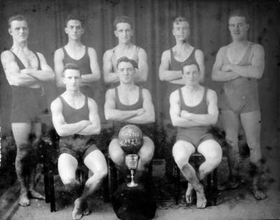 Pirates Water Polo Team, 1922-1923; Warren Studios