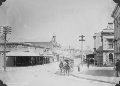 Hastings Street, Napier; Burton Brothers; 56/28