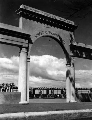 Robert C Wright Arch, Marine Parade, Napier