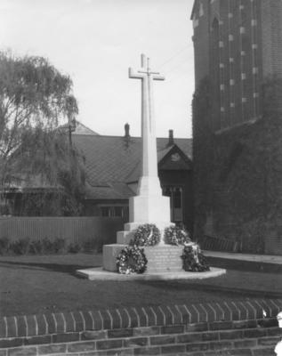 Great War Memorial Cross, Napier