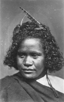 Portrait of unidentified Māori woman