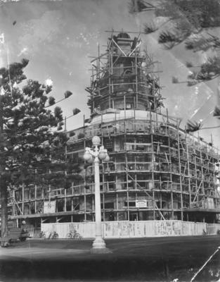 T & G Building, Napier, under construction; Deighton Studios