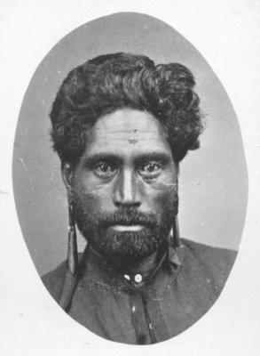 Portrait of an unidentified Māori man