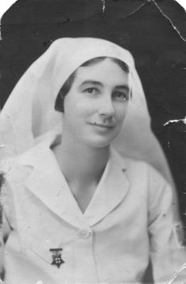 Portrait of Violet Powley in her Nurses uniform; 2012/42/27