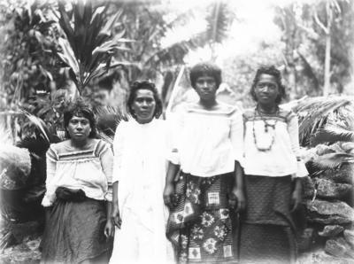 Group portrait, Rotuma