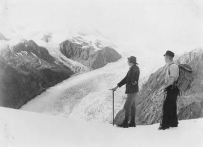Mountaineers overlook Franz Josef