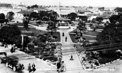 Clive Square, Napier