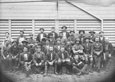 Group portrait, Freezing Workers