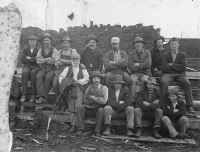 Group portrait, Manson and Company Sawmillers