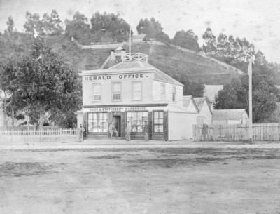 Hawke's Bay Herald, Tennyson Street, Napier