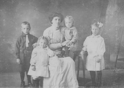 Gisella Theresa, Ella, Arthur, Esma, David Lambert