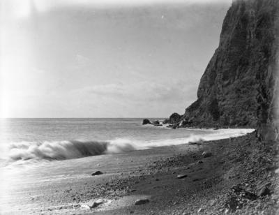 Beach, Bluff Hill