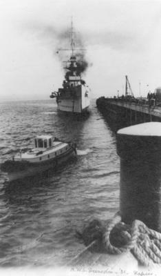 HMS Dunedin, Napier