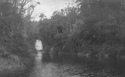 Waterfall, near Lake Waikaremoana