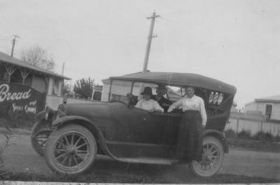 Venables family in a motor vehicle