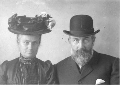 Portrait of Robert and Elizabeth Thayer