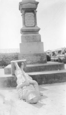 Clive War Memorial, Clive