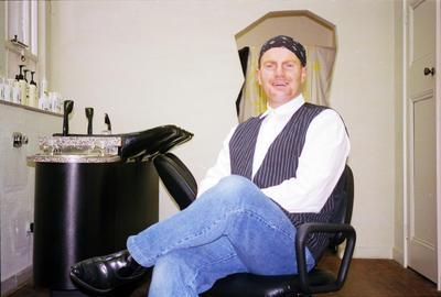 Hawke's Bay Hairdresser, Gib Maudey