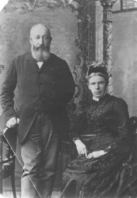 Portrait of Mr and Mrs Matthew Robertson Miller