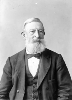 George Faulknor